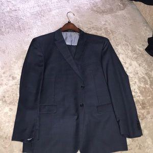 Men's Navy Blue Tommy Hilfiger Suit Size 48R